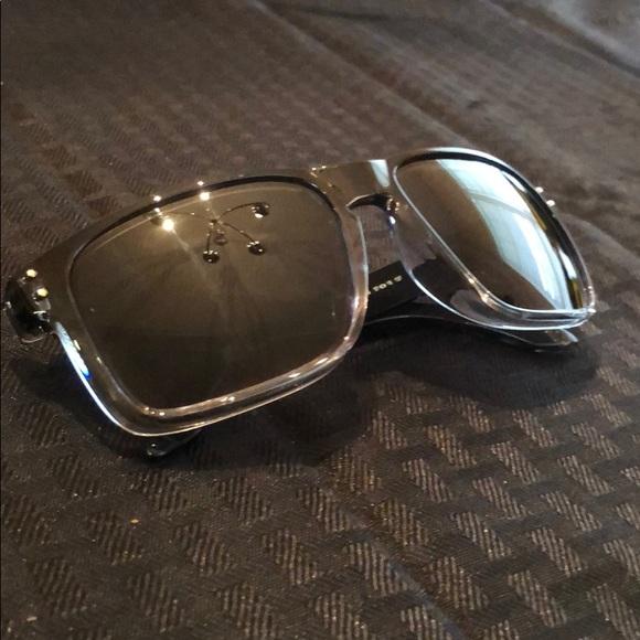 272bf31a38 Oakley Holbrook black clear bottom. M 5b61cecc2e14786936fcc935